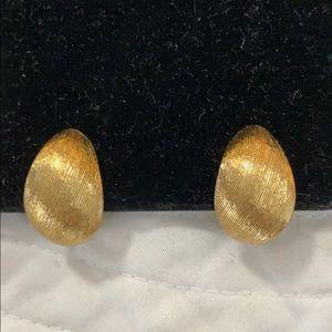 Vintage Monet gold tone clip earrings